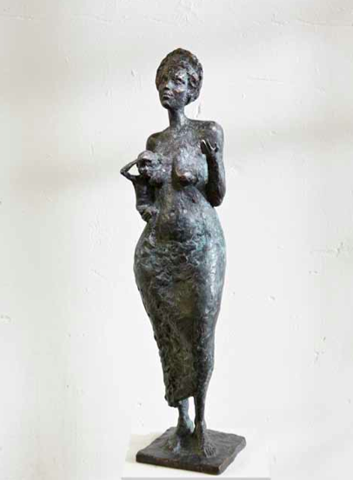 Carlo Leopold von Broschewitz, Mutter mit Kind, Bronze, 85 cm